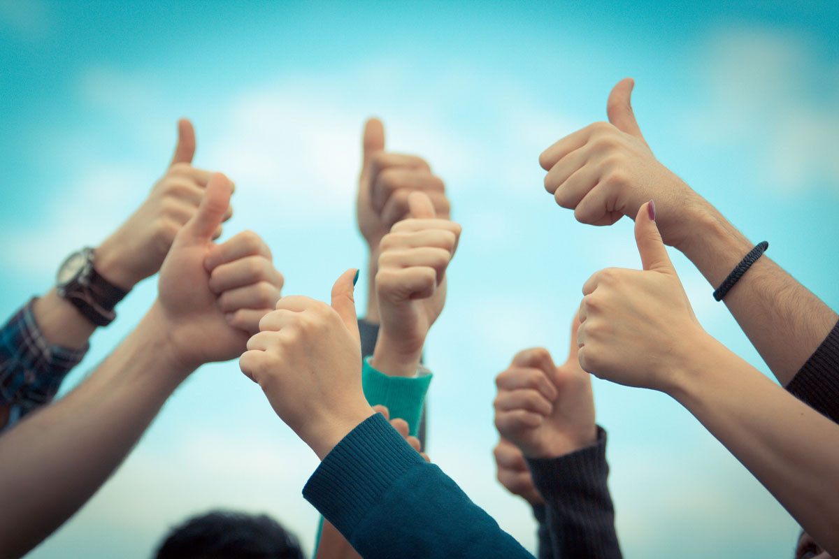 Picture of thumbs up for Armourco Testimonial