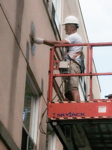 Our skilled Tradesmen at ArmourCo Solutions completing the exterior stucco repairs and painting at Metro Toronto Condominium Corporation 1305